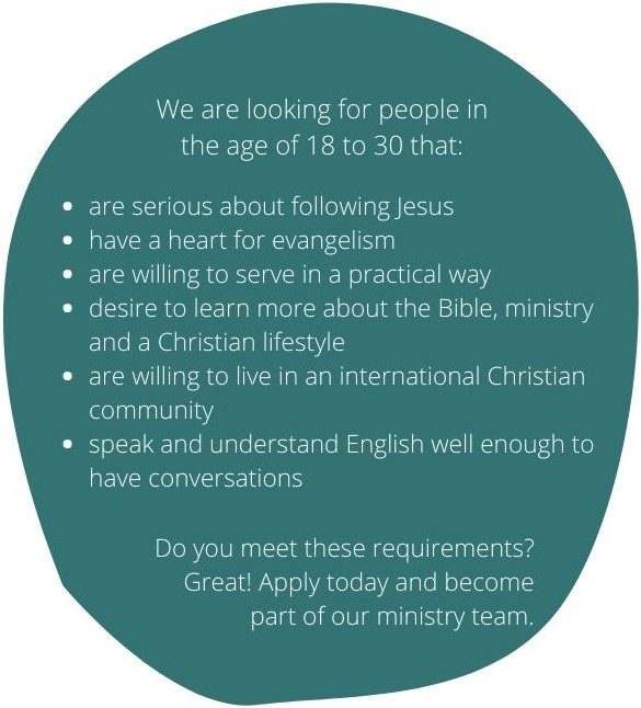 https://www.youthhostelministry.org/wp-content/uploads/2020/04/Volunteer-work-Requirements-Apply-Now-585x646.jpg